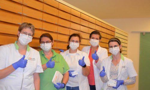 Gruppenfoto Team 2 mit Maske